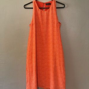 Gap orange sleeveless shift dress with pockets!